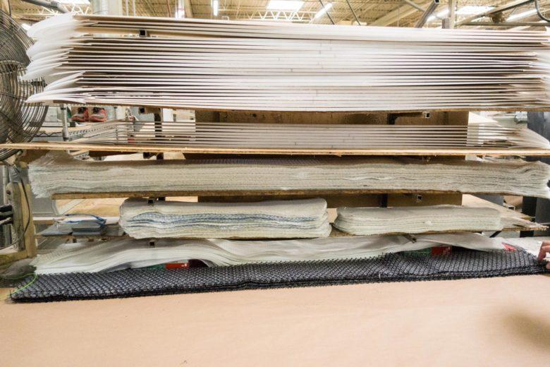 スキー板の材料