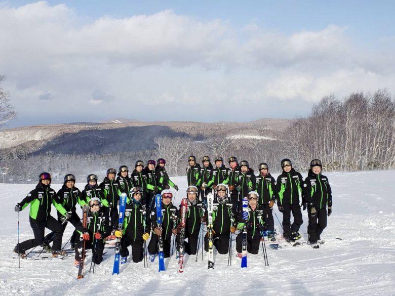 SIA(日本プロスキー教師協会)の選抜メンバー